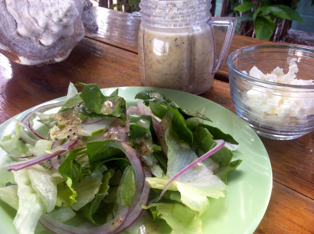 Cucumber & Mixed Greens Salad with Rosemary Vinaigrette - Ultimate ...