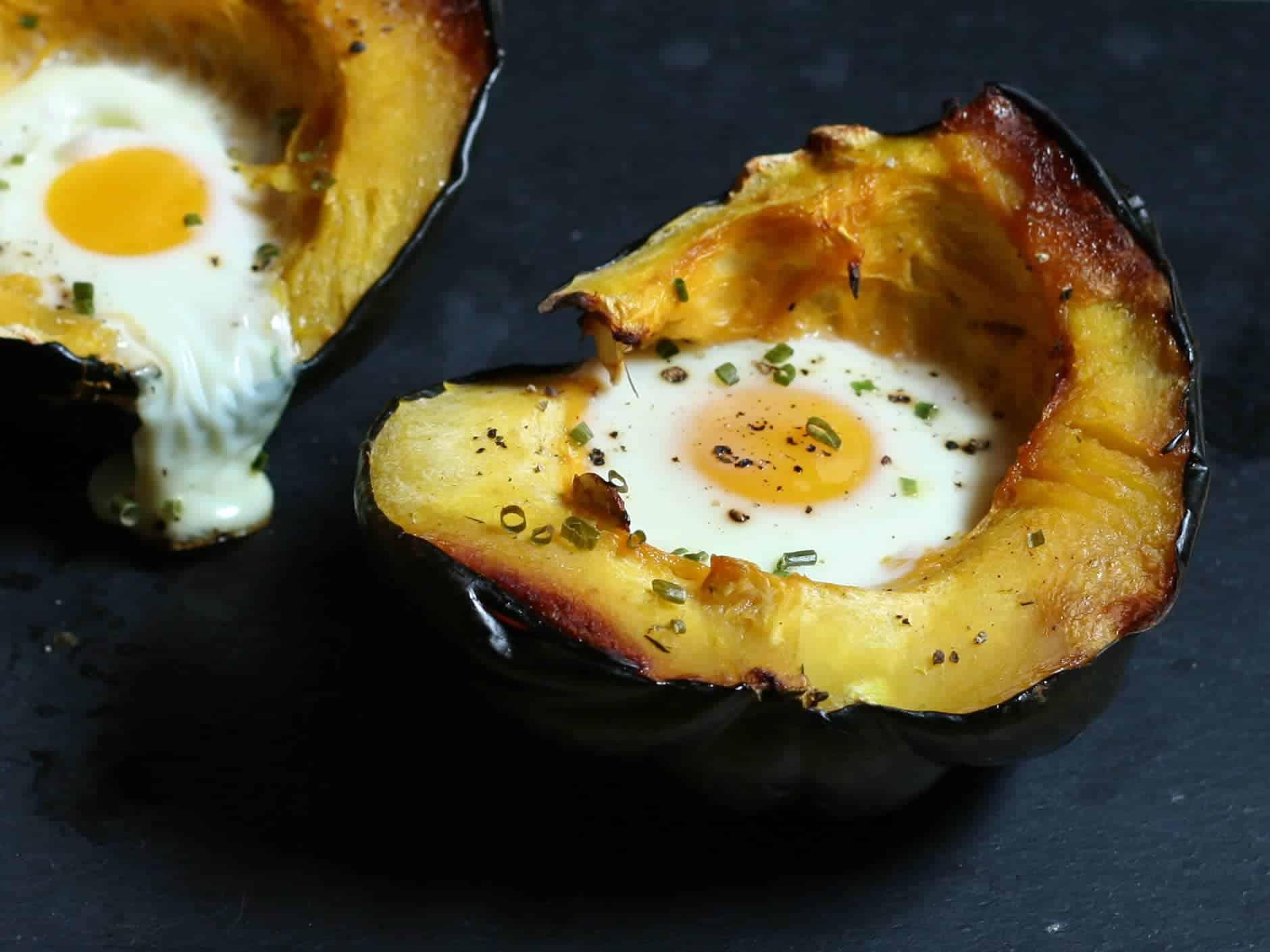 Egg Baked in Acorn Squash   Ultimate Paleo Guide